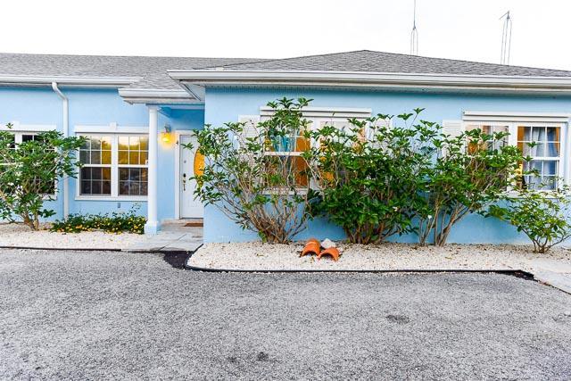 Woodland Glen Family Home - Single Family Home